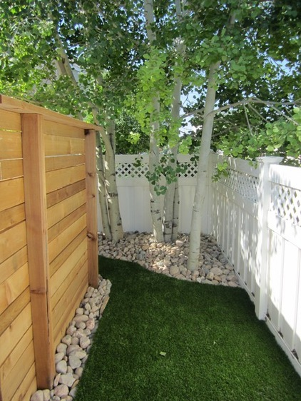 No Grass Backyard For Dogs :  in the Yard 7 Ways To Dog Proof Your Fence  notes from a dog walker